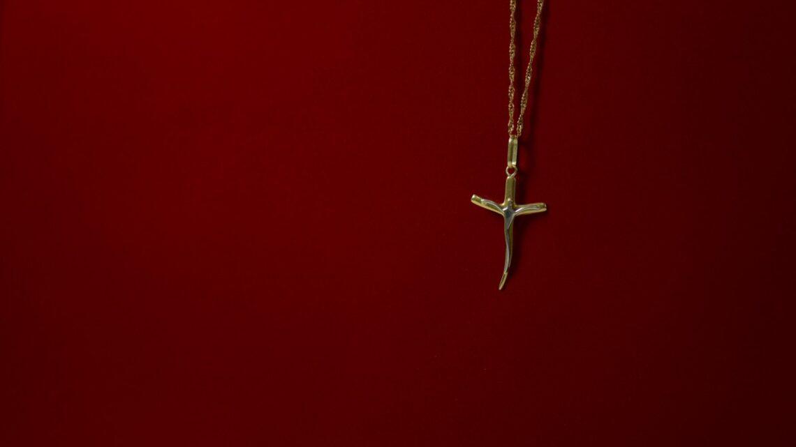 Médailles religieuses : quelle est leur symbolique ?